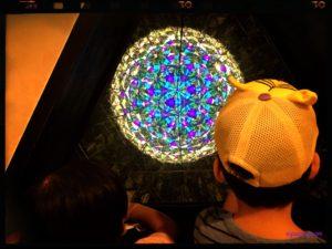 巨大な万華鏡