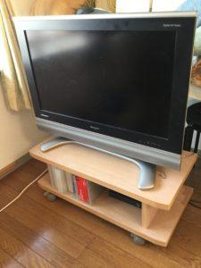 居間のテレビ